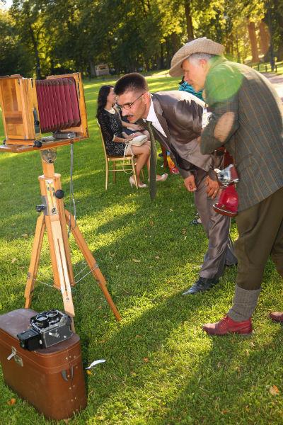 Ретро фотограф рассказывает про технику.
