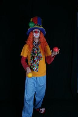 Жонглирование клоуна